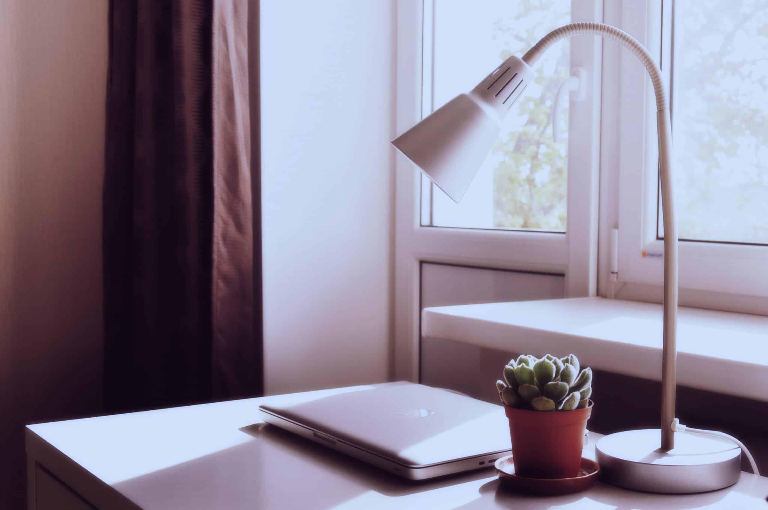 bureau avec fenêtre en pvc